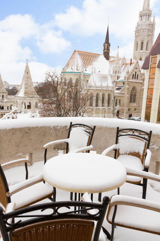 Emily Ramraz's  WorldEater – Budapest: Kontakt Coffee
