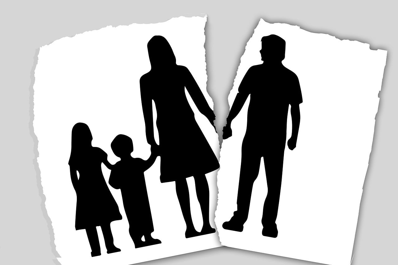 Crackdown on parental alienation