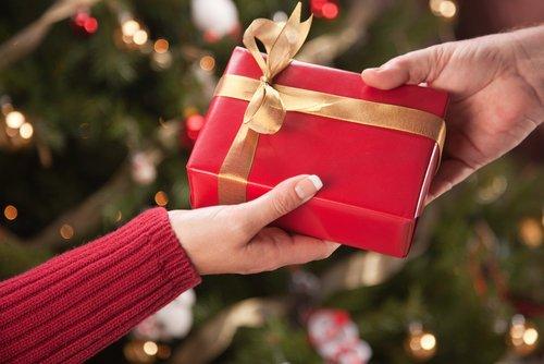 family-christmas-gift-exchange-ideas