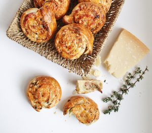 Flaky_Parmesan_Pastries_2