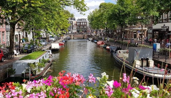 More Adventures of the Road – The Netherlands